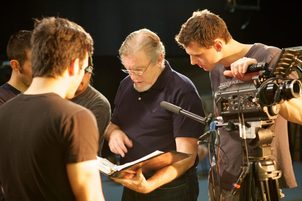 Peter-and-crew-photo-by-Robin-Morriss